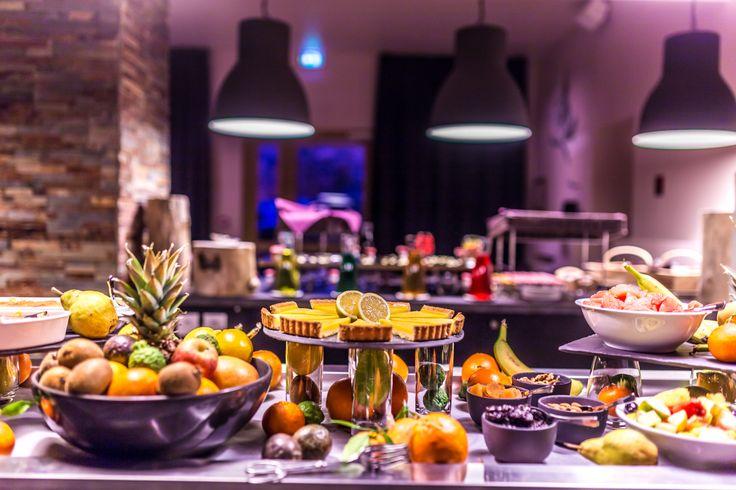 Le Grand Aigle Hôtel & Spa **** (Maranatha Hotels), Buffet continental petit-déjeuner _ Continental buffet breakfast
