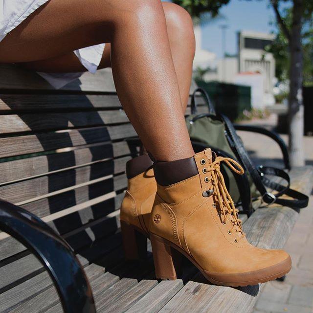 22875bf45b9d Women s Camdale Field Boots in 2019