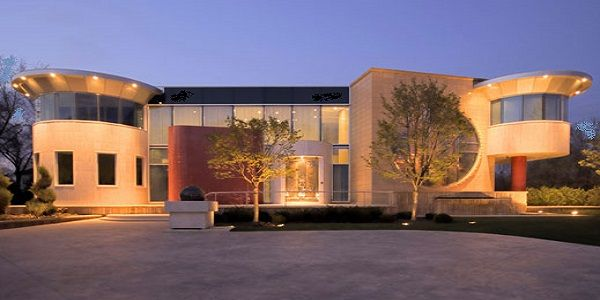 Luxury Exterior Home Design with Trendy and Chic