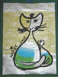 MB-BB.Rosina Wachtmeister. De kinderen tekenen met potlood een of meer katten op het tekenvel en beginnen dan met schilderen. De lijnen die om de figuren worden pas op het laatst met een dun penseel getrokken. Als de schilderijen droog zijn, plakken we ze op een passende ondergrond. Natuurlijk moet het werk, net als Wachtmeister doet, gesigneerd worden met de naam van de maker!