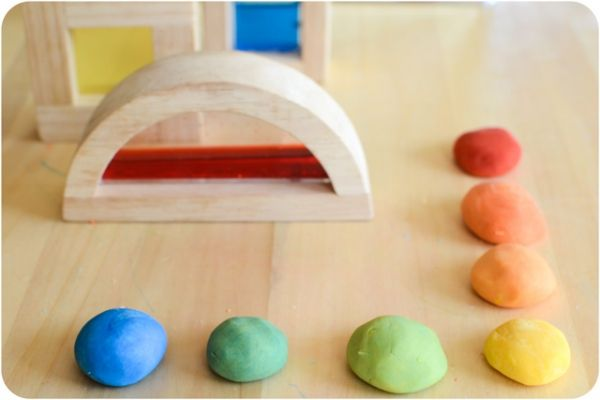 Kids Activities: Play-dough-themed exploration of alternative  educational approaches by taking a glance at the Reggio Emilia approach.  While it may be less well-known than the previously discussed  Montessori and Waldorf practices, many of its ideas and techniques have  been integrated into other educational philosophies.