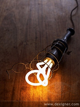 British designer Samuel Wilkinson and product design company Hulger, have won the Brit Insurance Design of the Year 2011 for their stunning redesign of the low energy light bulb.