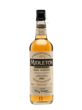 This 1985 bottling is a hard-to-find whisky from Midleton – the second ever release of Very Rare. The bottle is numbered and bears the signature of the master distiller.