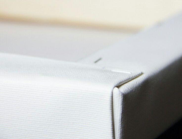 Художественная интерьерная печать на холсте и постере. Модульные картины, коллажи и многое другое.  Плотный холст bright white, подрамник из натурального дерева, галерейная натяжка, ручная работа. https://Primaginary.com