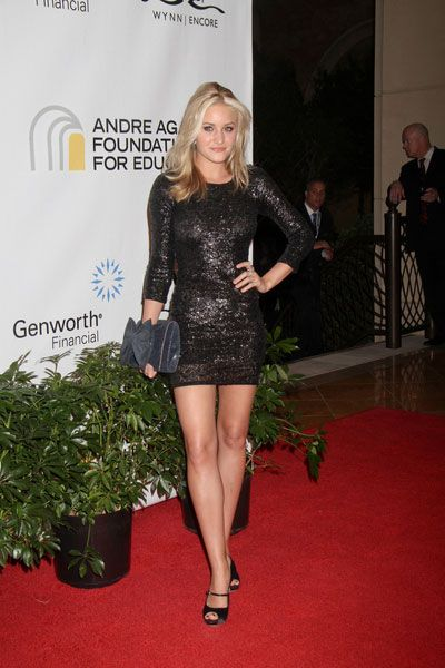 Aly Michalka Legs  Hot Legs AJ Michalka In Las Vegas