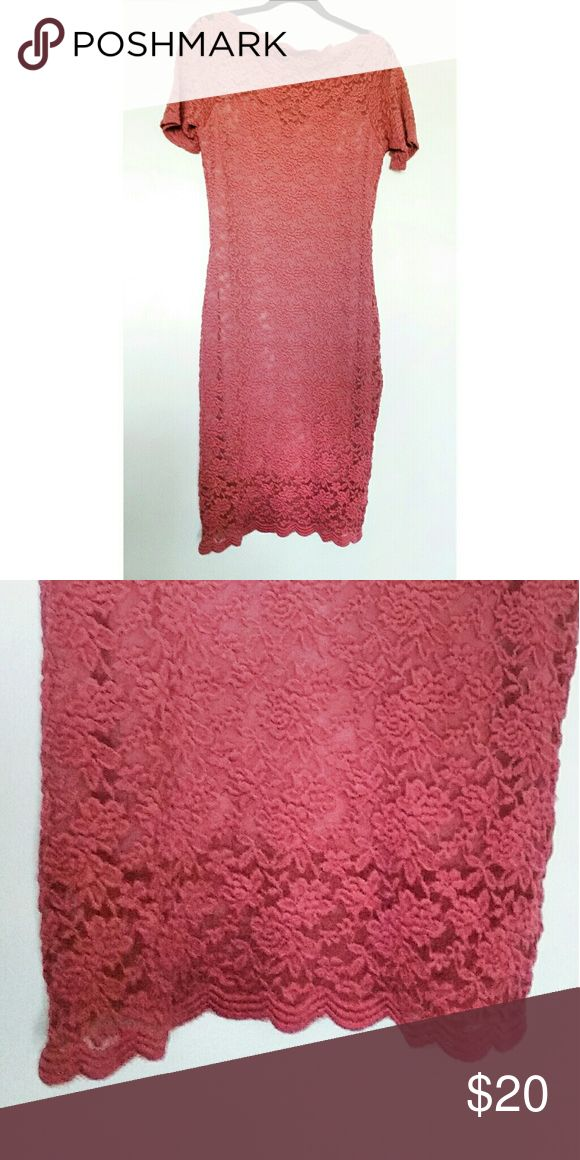 Pink/Salmon dress Size L Like new Wore it for one day for a couple of hours  I won't wear it again  Paid 28$ Dresses Midi