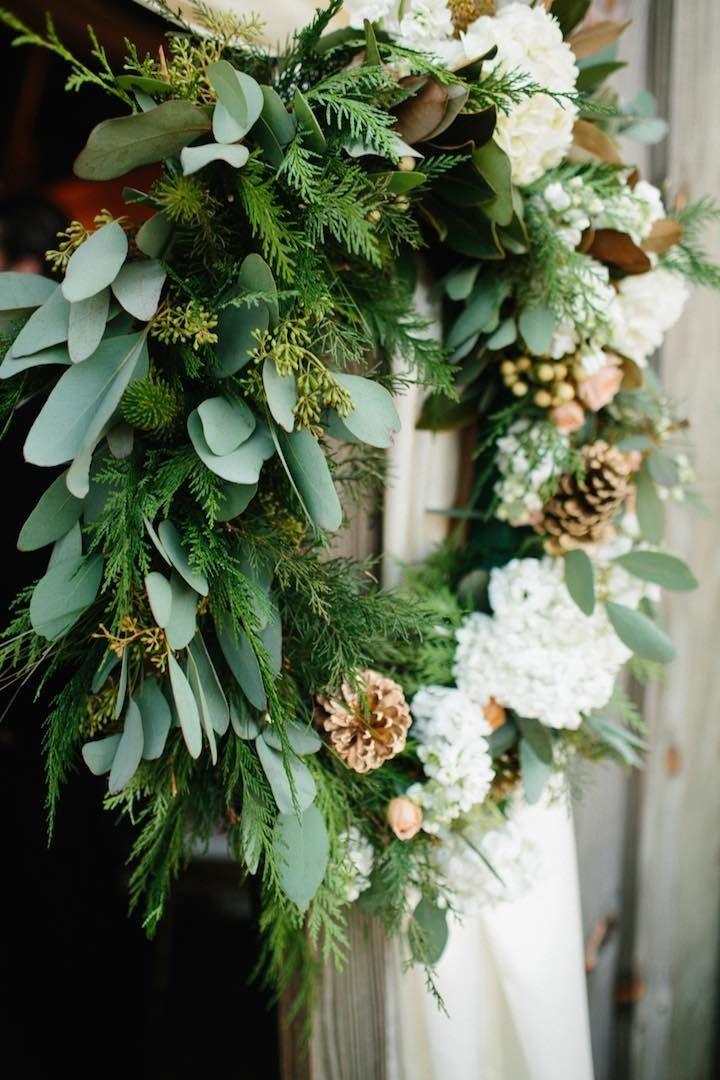 Rustic Barn Wedding With Elegance - MODwedding