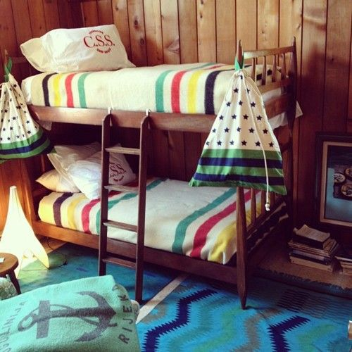 hudson bay blanket on bunk beds. Awesome boy space!