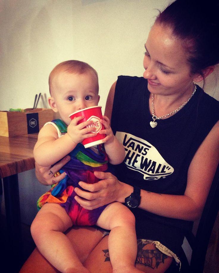 Little Ivy enjoying a #onestopcafecleveland babycino #merlocoffee #merlo #coffeegram #coffeetime #lattee#baristalife #freshproduce#castawaypackaging #castaway #getspottedbycastaway #getnoticed #iwantacastawaypack #brandbuilers #onestopcafe #cleveland#ivy#tara #redlands #redlandsanyday #redlandscitycouncil ☕️