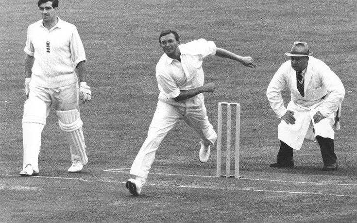 Richie Benaud in pictures: Australian cricketer and commentator dies aged 84 - Telegraph