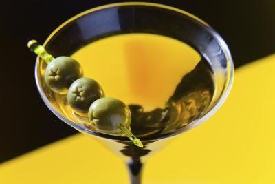Yeast-Free Alcohol Drinks | LEAFtv