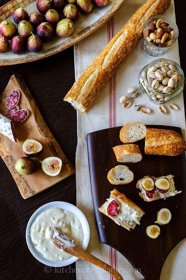 Figs with Honeyed Goat Cheese from @Liren Baker | Kitchen Confidante