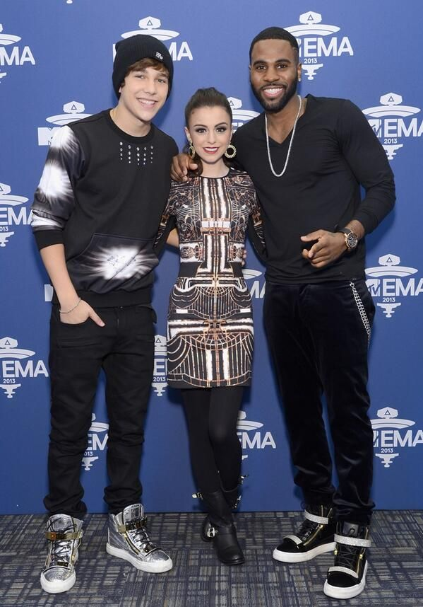 CHER WITH AUSTIN MAHONE AND JASON DE RULO OMG