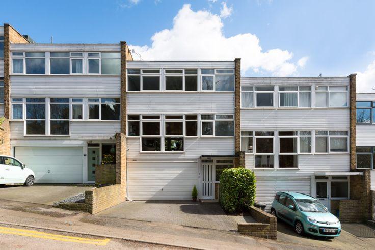 Newbury Close Bishop's Stortford, Hertfordshire | The Modern House