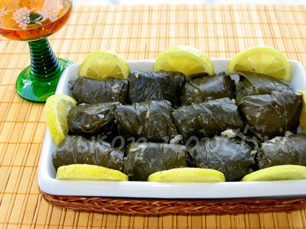 μικρή κουζίνα: Ντολμαδάκια γιαλαντζί
