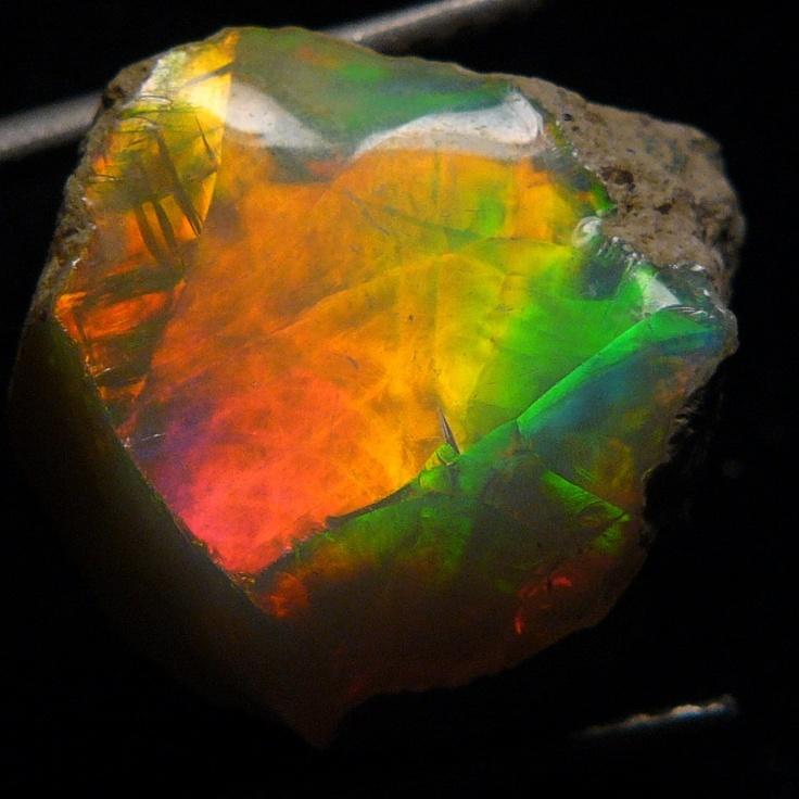 Ethiopian Welo Opal Rough -13 . 95 ct