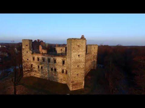 Zamek w Drzewicy z drona – Flight Level