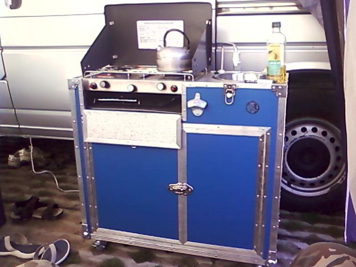 Homemade removable kitchen pod from vwt4forum vw camper for Camper van kitchen units