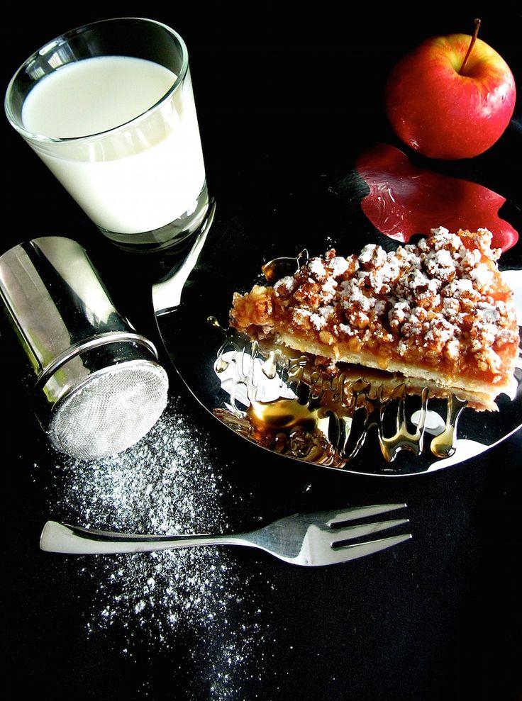 Jabolčna pita s hrustljavim posipom / Jelenin Sweet Butik