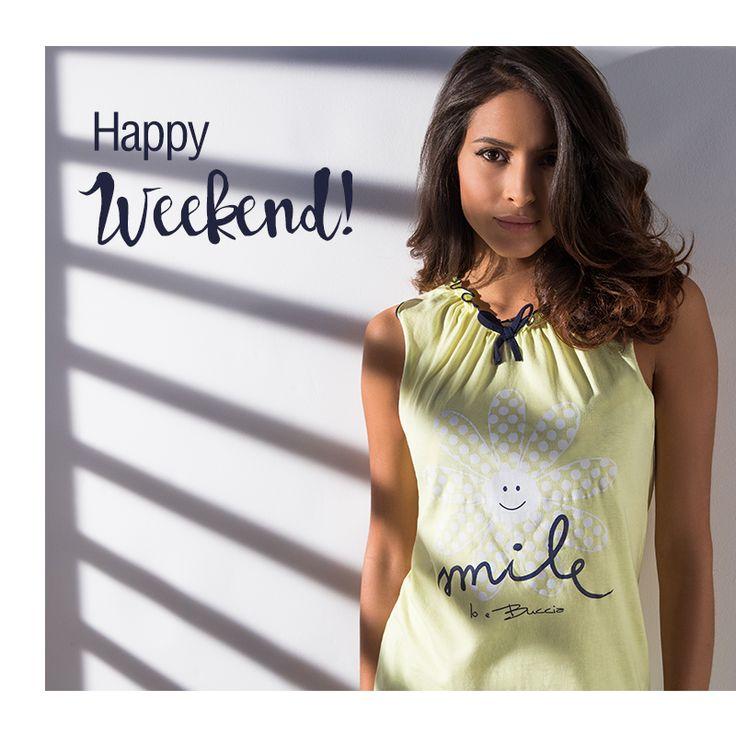La nostra Marianna Rodriguez vi augura un #happyweekend!  Visita il nostro shop online www.bucciadimela.it