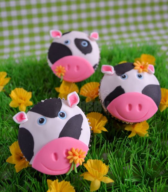 Laura's Bakery: Op de boerderij: Koeien cupcakes