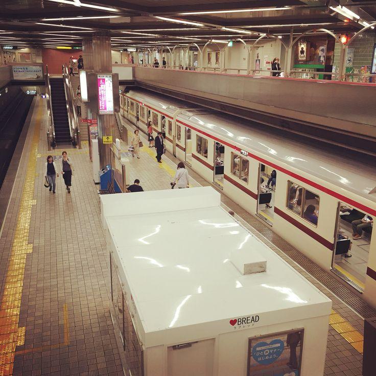 千里中央駅の2階部分から見た乗り場