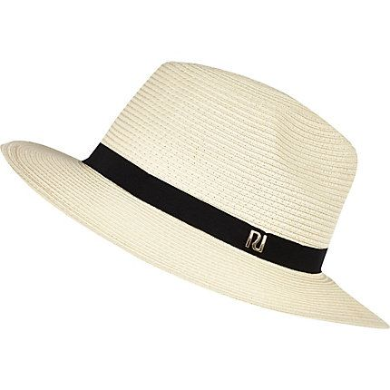 Cream straw fedora hat €25.00