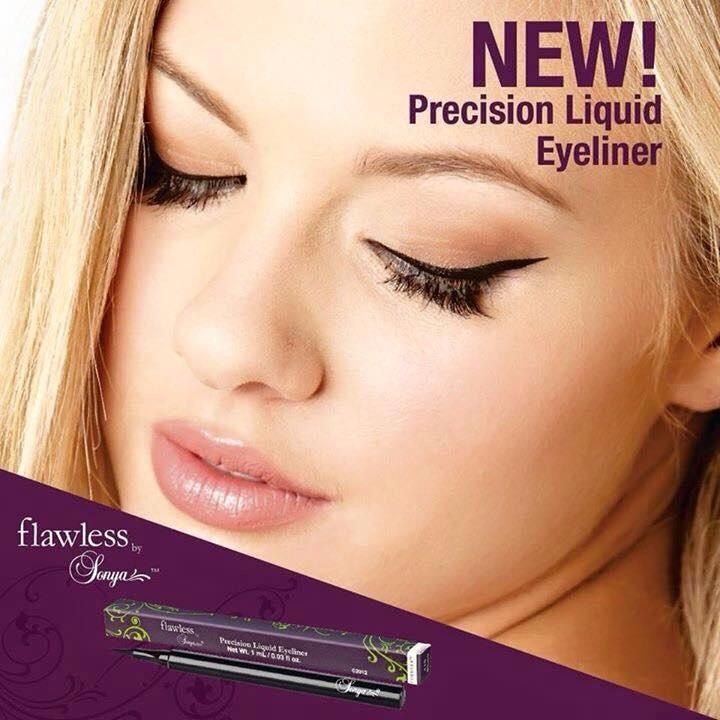 FLAWLESS PRECISION LIQUID EYELINER Allows you to create intricate eye looks with ease. With a super-precise felt tip, it glides on to make the perfect 50s feline flick.