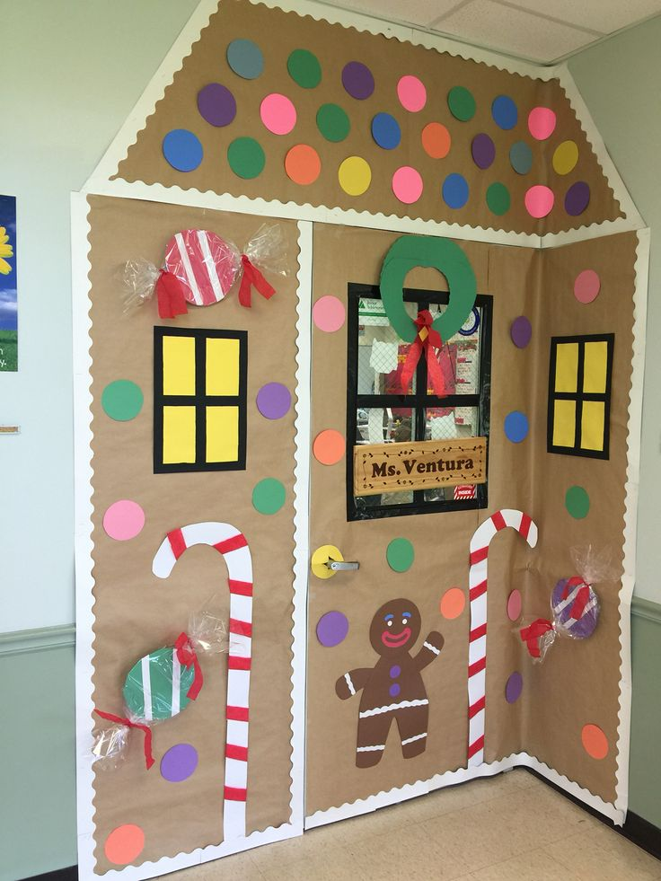 Gingerbread classroom door | SchoolXmasfair | Pinterest ...