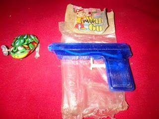 Pistol air jadul dengan bentuk sederhana, made in Taiwan. Kondisi NOS.