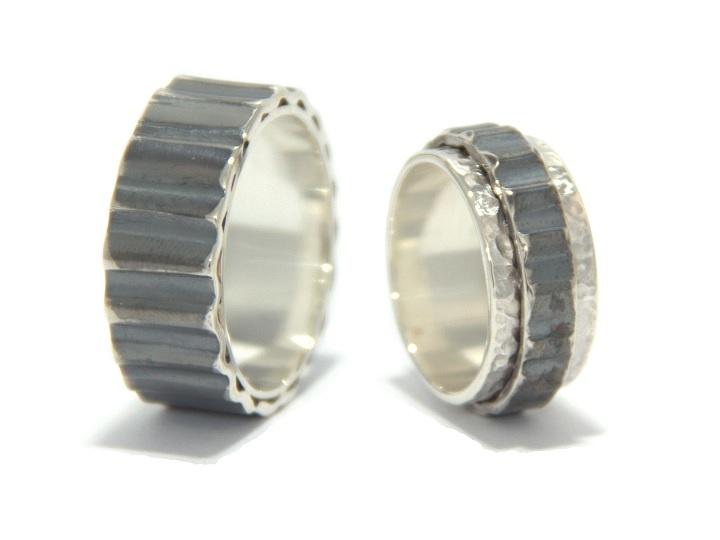 Black Wave: Silver, oxidised / Zilver, grofbewerkt, geöxideerd