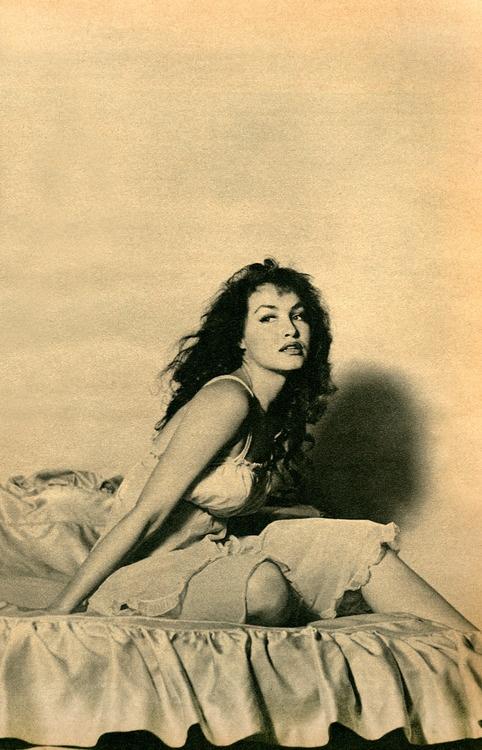Julie Newmar Dorcas