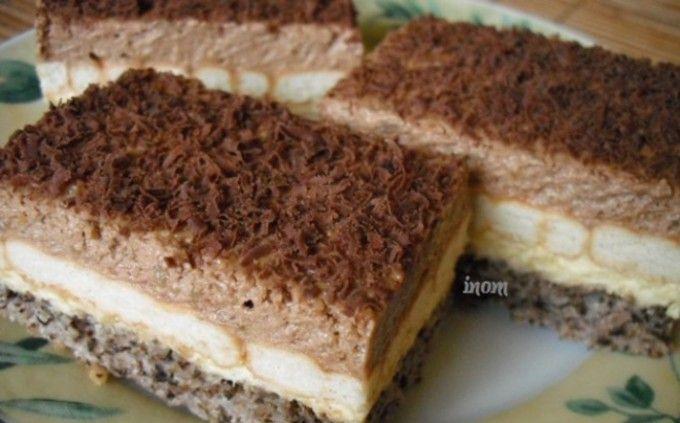 Ořechové řezy s vanilkovým a čokoládovým krémem | NejRecept.cz