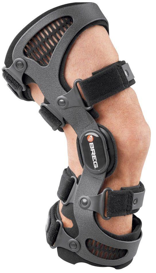 De Fusion #kniebrace is zeer geschikt bij knieklachten die worden veroorzaakt door problemen met #kruisbanden of kniebanden. De brace belemmert de 'normale' bewegingen van de knie niet, maar beschermt de kniebanden wel als de knie een 'foute' beweging dreigt te maken. Deze brace kan dagelijks worden gebruikt wanneer er sprake is van ernstige knie instabiliteit, maar ook ter preventief bij risicovolle sporten, waaronder skieën.