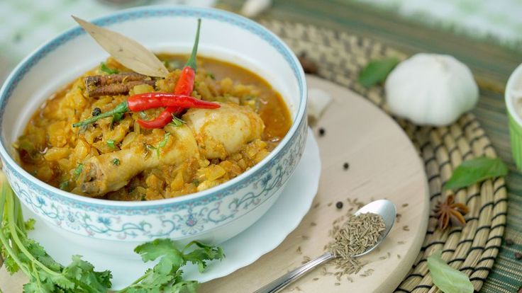 Spicy Indian Chicken Curry   Asian Food Channel
