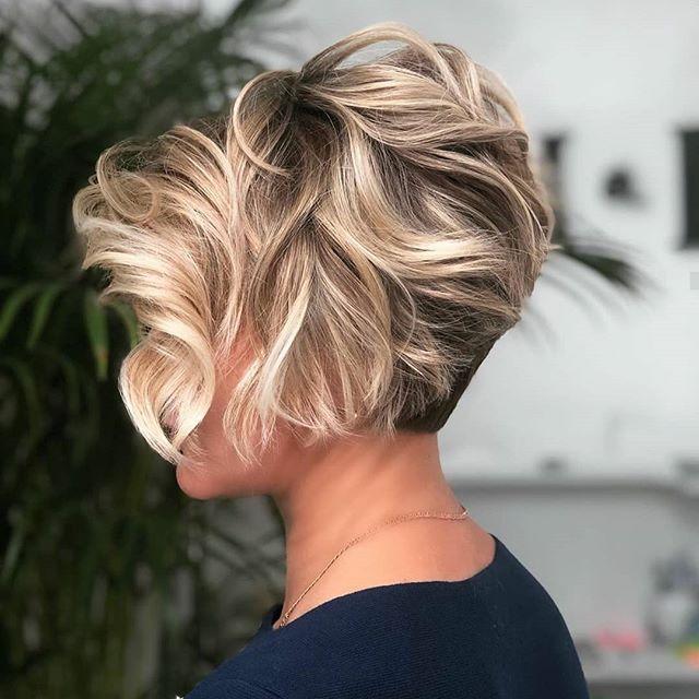 50 Top Frisuren Ab 50 Schone Frisuren Kurze Haare Kurzhaarfrisuren Frisuren Haarschnitte