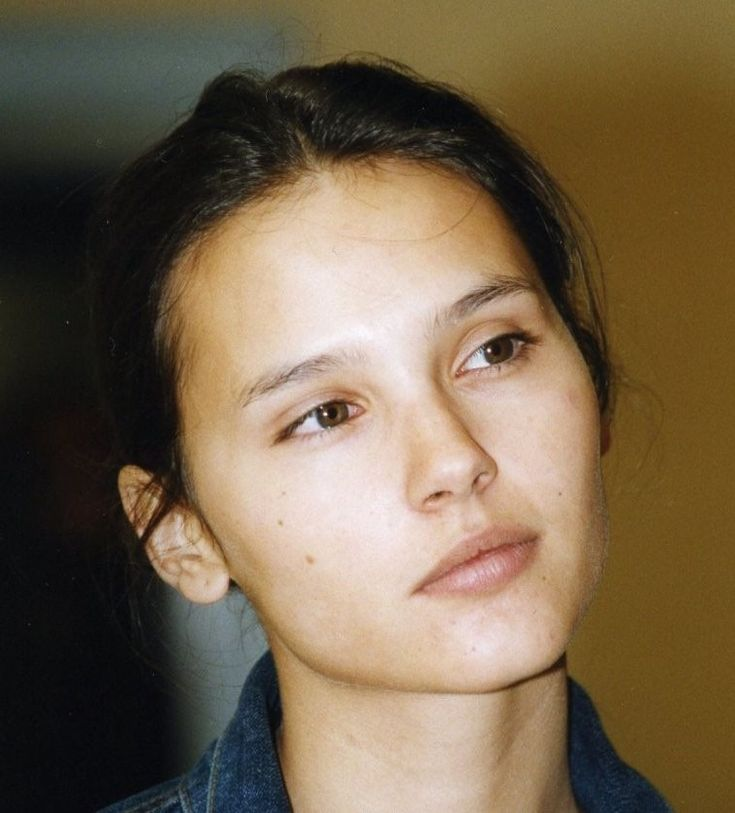 Virginie Ledoyen, beautiful without a stitch of makeup