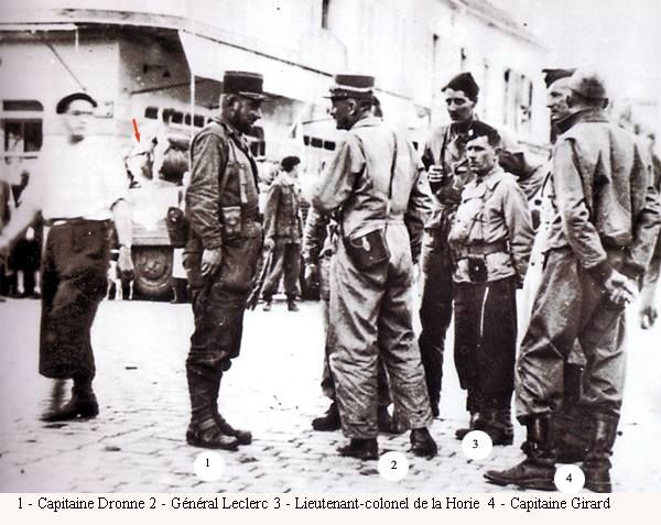 """Antony, le 24 août dans l'après-midi. Le général Leclerc ordonne au capitaine Dronne de filer sur Paris. """"Passez par où vous vous voudrez, dites aux Parisiens et à la résistance que demain matin la Division toute entière sera dans la capitale"""""""