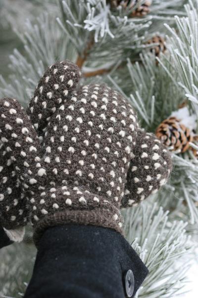Crocheting: Thrummed Mittens