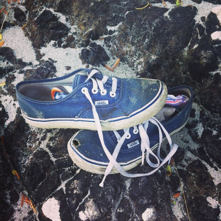 Sand shoes blue