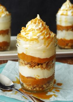 No Bake Pumpkin Pie in a Jar and a Giveaway! Looks moutherwateringly delicious! and a perfect fall food!