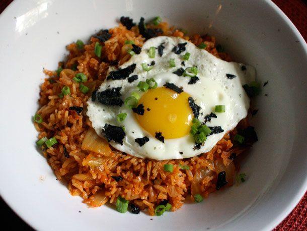 kimchi fried rice #glutenfree: Food, Fried Rice Recipes, Kimchi Fried, Nom Nom, Favorite Recipes, Dinner Tonight, Serious Eats