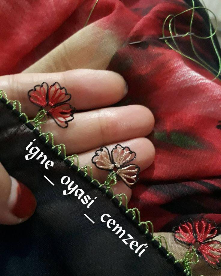 siyaha her renk yakışıyor ~~\\~~\\~~\\~~\\~~\\~~\\~~\\~~ #igneoyasi #yazma #tülbent #yemeni #siyah #kırmızı #yeşil #sanat #tasarım #el #emeği #göznuru #iftar #sahur #ramazan #bereket #dua