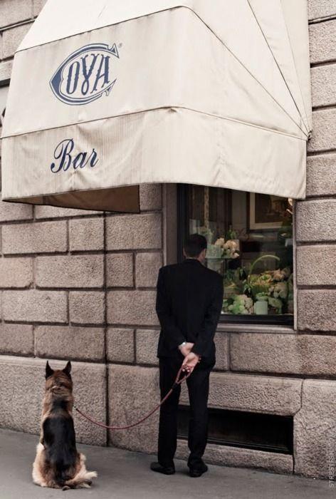 \\ Cova Bar | Milano http://milan.unlike.net/locations/307472-Cova#