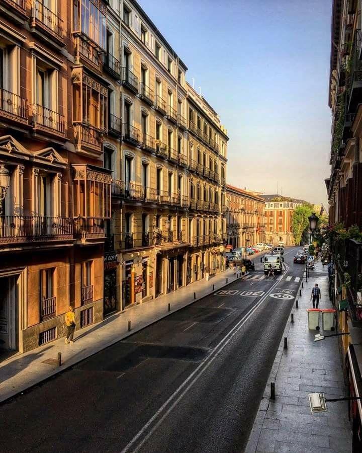 Calle Mayor. Madrid.