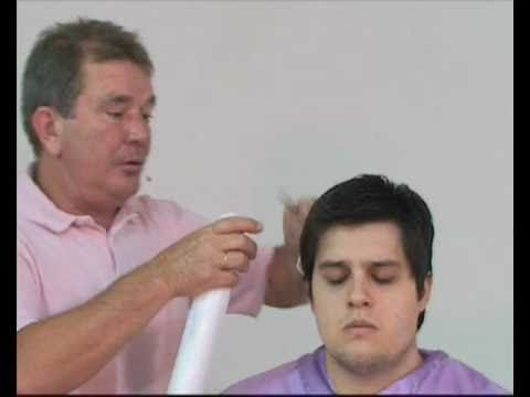 curso de corte de cabelos masculinos com tesoura dentada..mp4