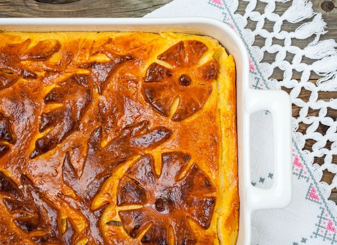 Кулебяка: рецепт мясного пирога с рисом и яйцом