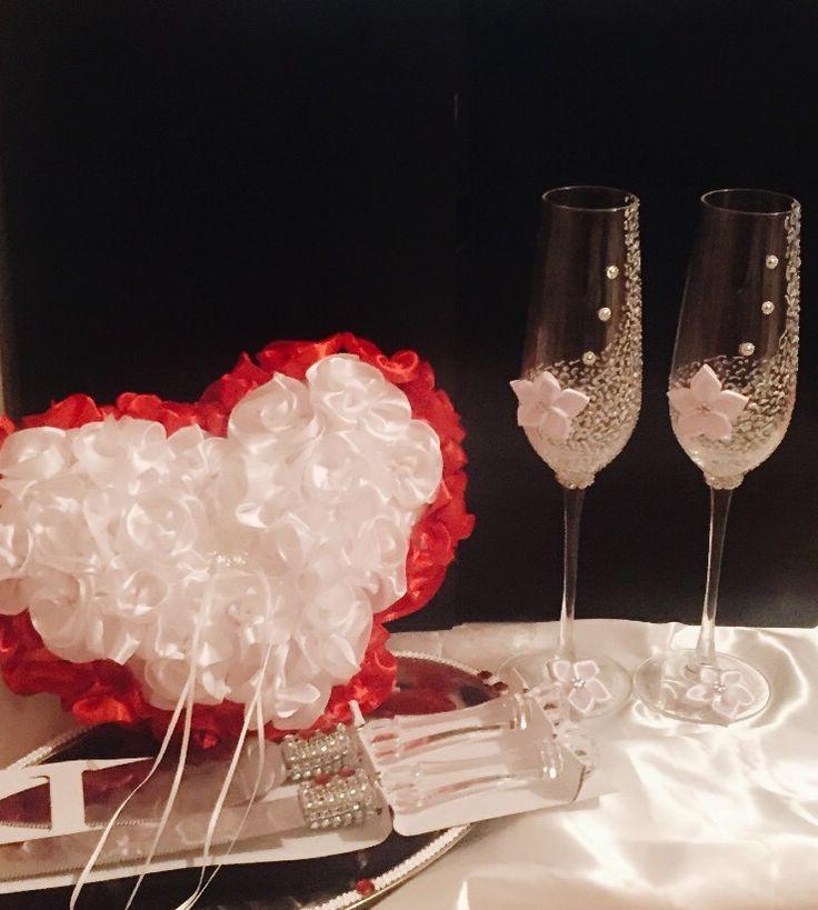Conjunto para novios  Cojín para anillos ❤️ Copas  Cuchillos y bandejas para torta