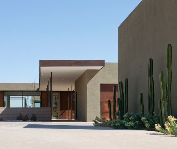 Arizona Modern Landscapes: Modern Vacation House Suspended Above The Desert