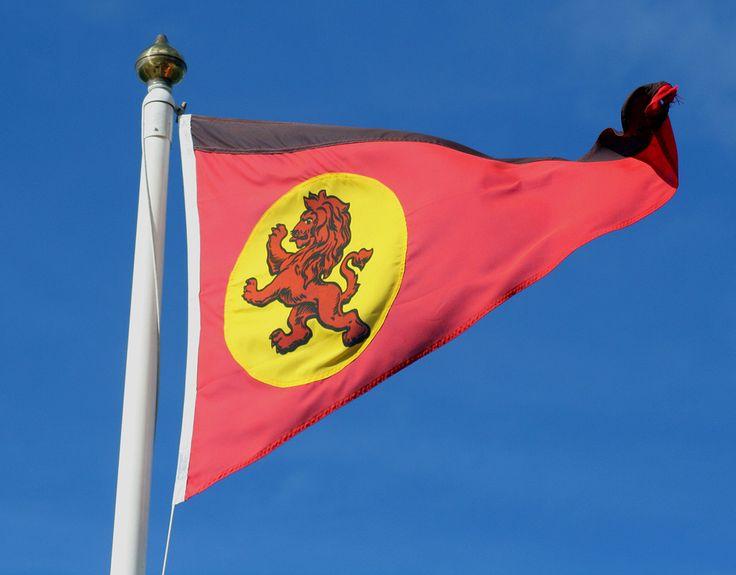 https://flic.kr/p/33nbxB | CalMac flag | CalMac flag at Lochranza Pier, Arran, 3 Sep 2007